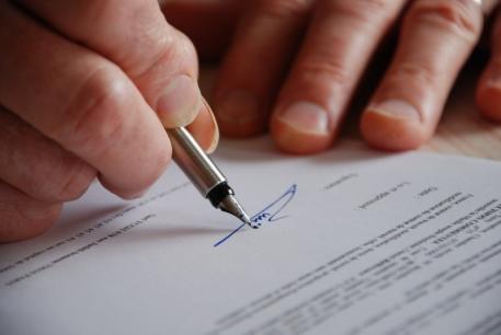 Avocat contrat de travail Grenoble